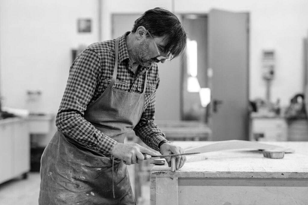 Tischler Stoll Businessportrait Silbersalz Fotografie Suedtirol